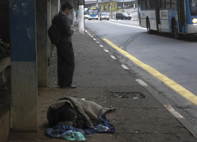 El virus de la desigualdad: 62 personas tienen lo mismo que 3.600 millones