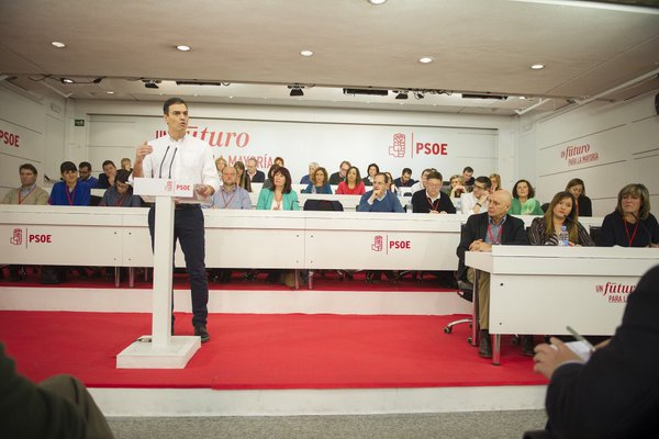 El PSOE acuerda no acordar nada