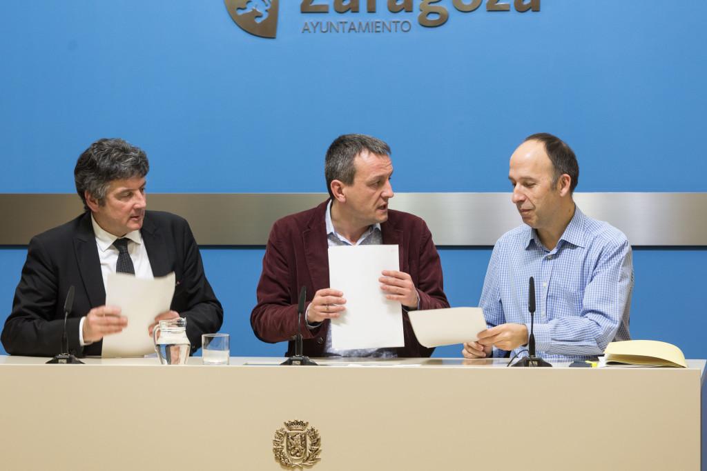 Acuerdo entre ZeC, CHA y PSOE para los presupuestos del Ayuntamiento de Zaragoza