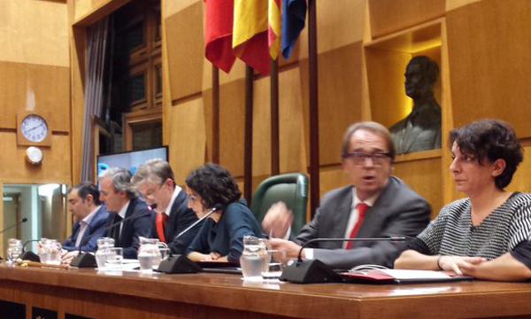 Santisteve preside el acto de nombramiento de las y los alcaldes de barrio