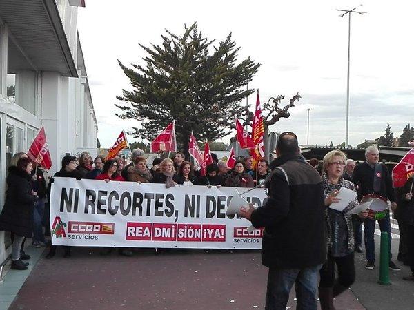 Concentración contra los cuatro despidos de Alcampo Utebo. Foto: @IUUtebo