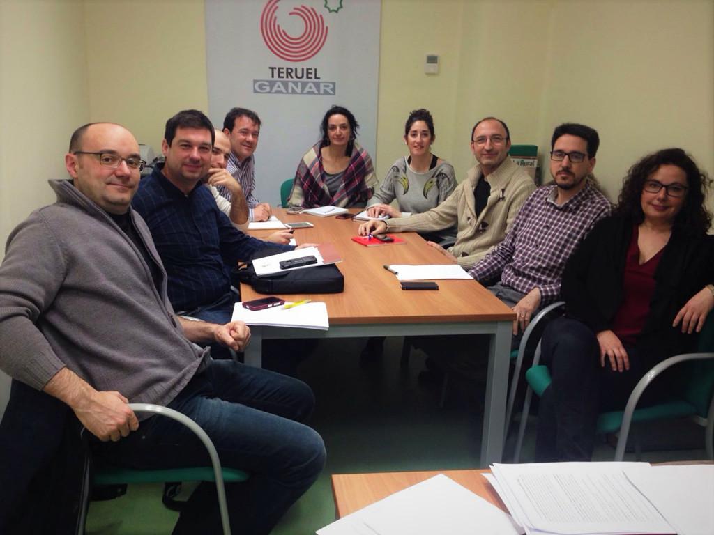 La Puebla de Híjar acoge la cuarta reunión de diputados y diputadas de las candidaturas municipalistas
