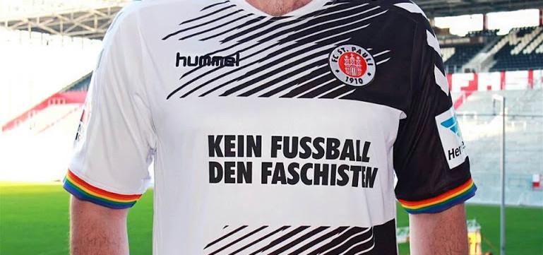 """""""No hay fútbol para fascistas"""""""