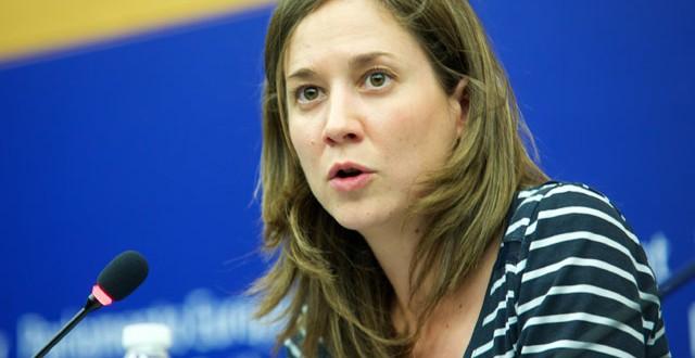"""Marina Albiol: """"Ahora empieza la verdadera batalla contra el CETA para impedir que se apruebe en el Parlamento español"""""""