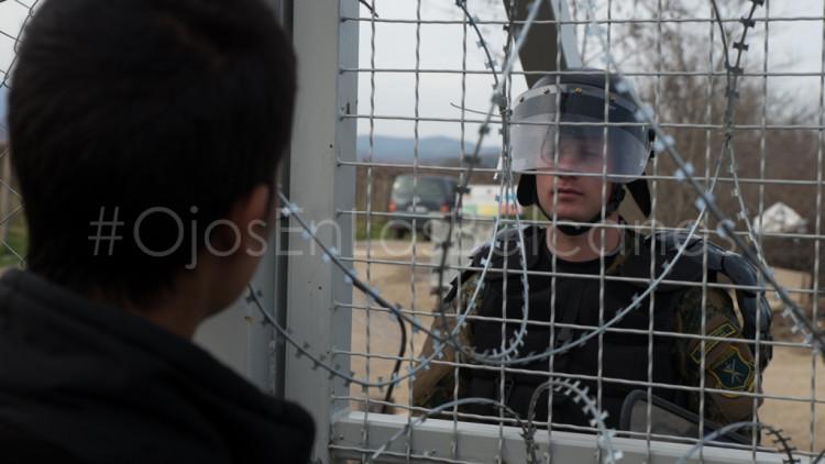 La policía macedonia vuelve a usar la violencia contra los refugiados en Idomeni