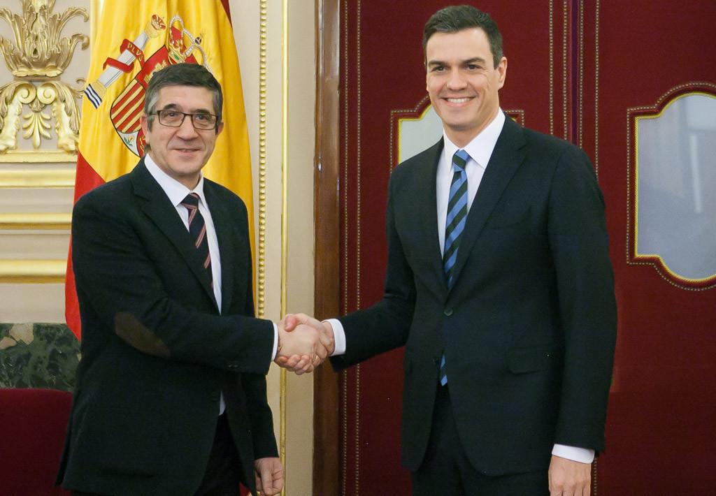 Sánchez propone ahora un acuerdo a Podemos e IU e Iglesias lo rechaza