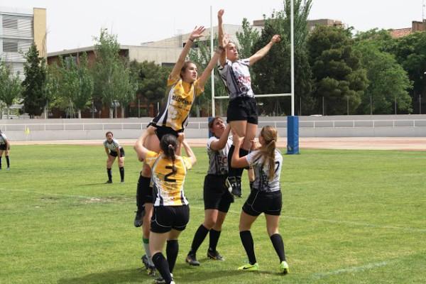 Comienzan las competiciones de baloncesto, rugby, voleibol y fútbol del Trofeo Rector en el Campus de Uesca