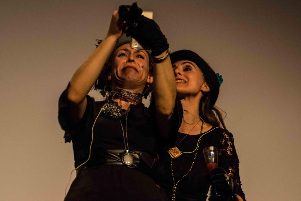 Música y teatro en la segunda velada de la Muestra de cine realizado por mujeres en Boltaña