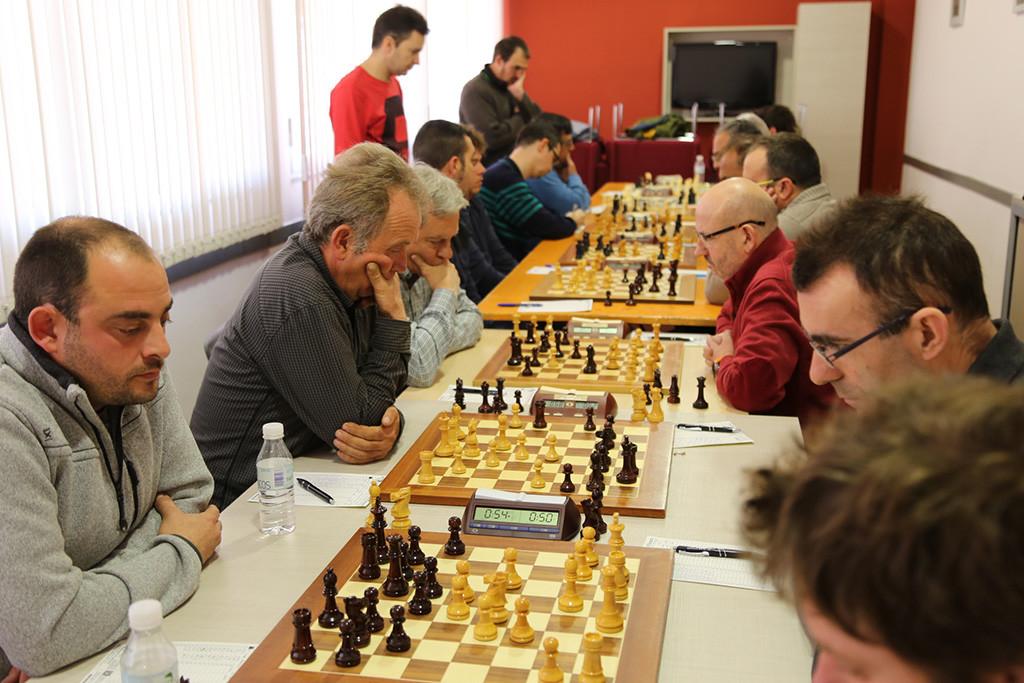 El Baix Segre de Mequinensa asegura la permanencia en la preferente leridana de ajedrez