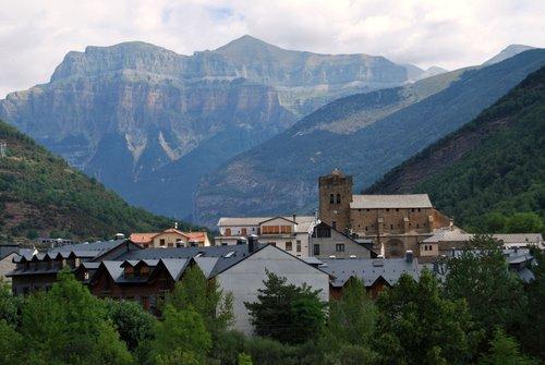 Broto solicita el reconocimiento de la lengua aragonesa como predominante