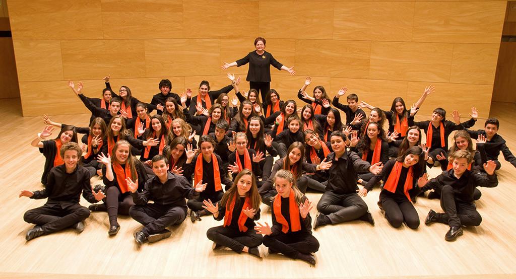 El coro infantil Amici Musicae del Auditorio de Zaragoza deja 'Huellas' en el Teatro de la Estación