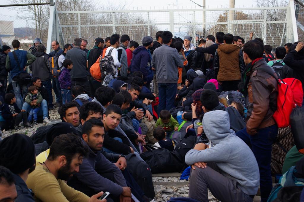 Los campos de refugiados en las islas griegas se convertirán en centros de internamiento