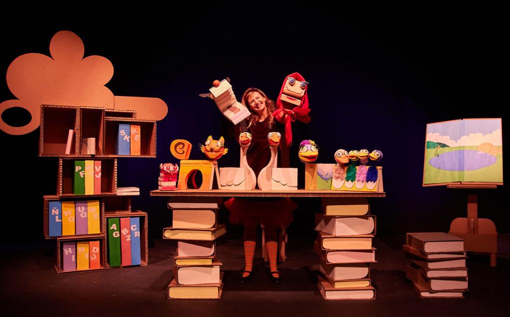 """Arbolé estrena """"VeoLeo"""", un espectáculo para iniciar a los niños y niñas en el mundo de las palabras y los libros"""