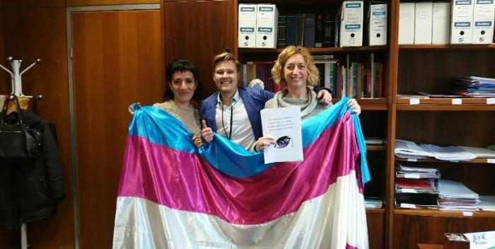 IU estudiará una propuesta de Ley integral sobre el derecho a la libre autodeterminación de la identidad de género
