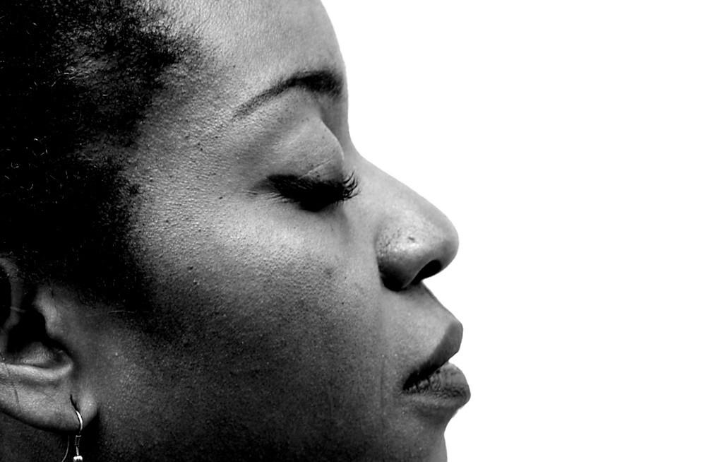 """""""Rotundamente negra"""", el orgullo de mujeres zaragozanas, se exhibe en la Biblioteca Cubit"""