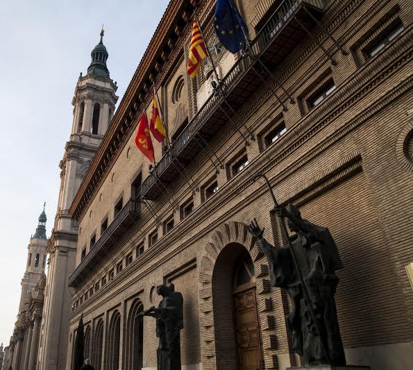 """El diario """"dependiente"""" de Aragón y el Ayuntamiento de Zaragoza"""