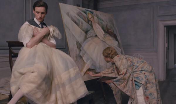 Fotograma de la escena en la que Einer posa para Gerda,