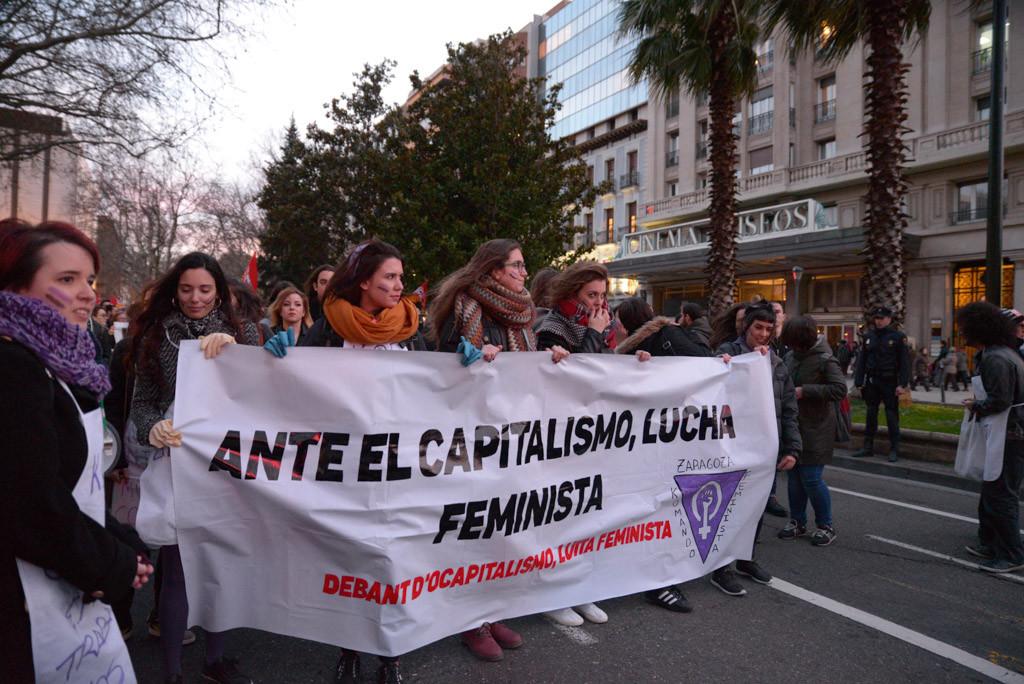 Zaragoza se manifiesta en defensa de los derechos de las mujeres
