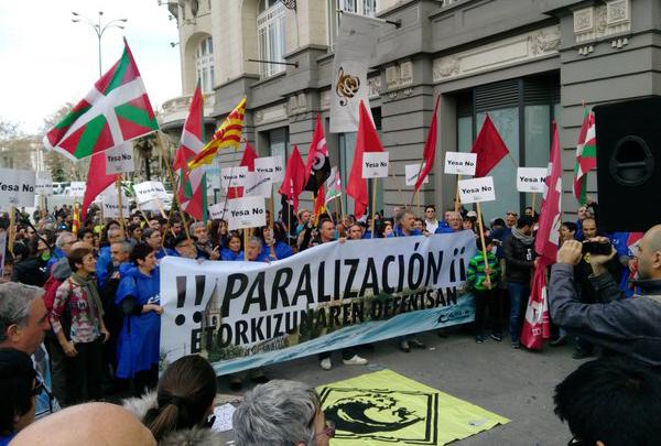 Ecologismo e internacionalismo arropan en Madrid la lucha contra el recrecimiento de Yesa