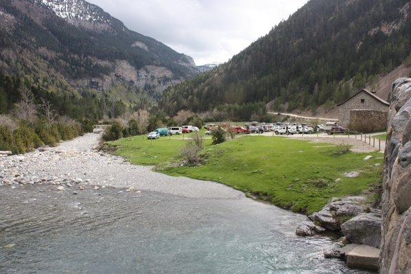 Fallece un miembro de la UME mientras participaba en las labores de búsqueda del montañero desaparecido en Bujaruelo