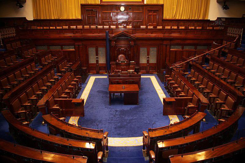 La derecha irlandesa se une para formar gobierno en Dublin
