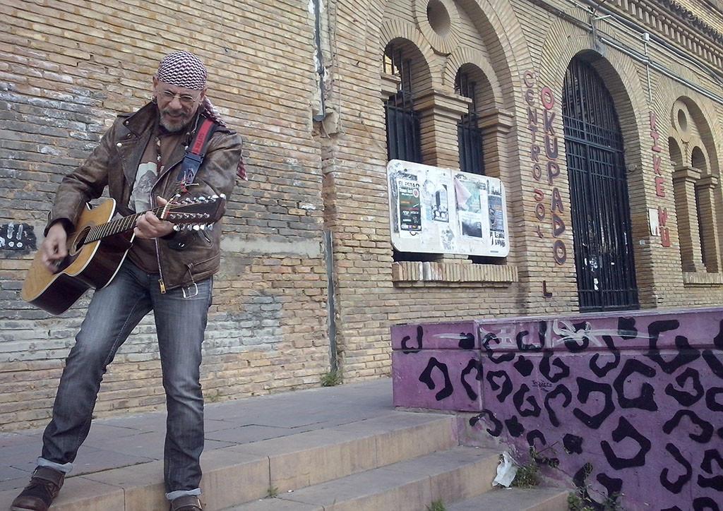Insolenzia, Gen, La Banda Trapera del Río, y El Drogas, rock sin descanso en la plaza del Pilar
