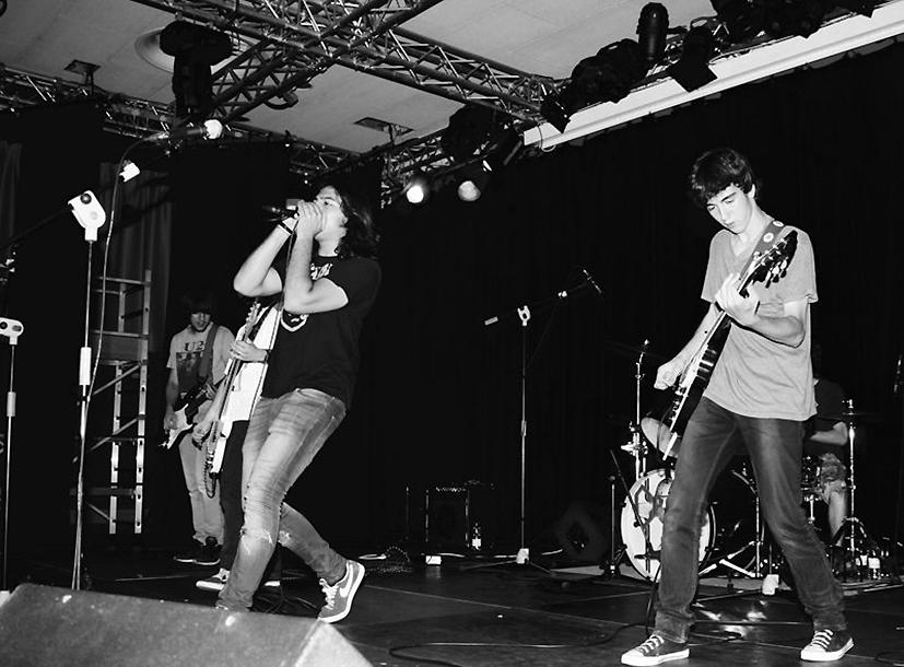 Arbolé celebra un concierto con dos grupos de rock emergente: The Offensive y Last Hope