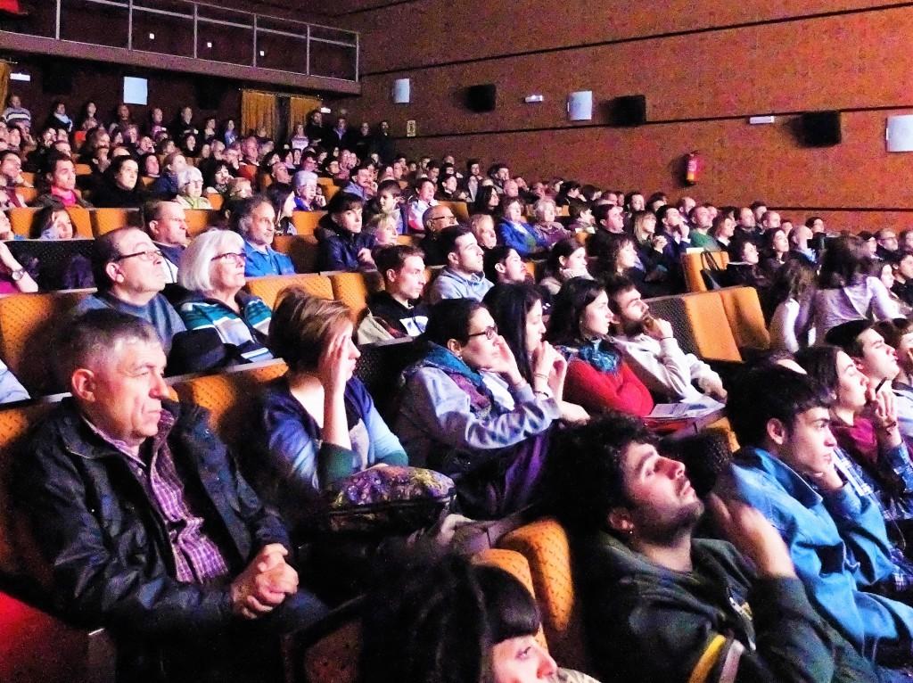 Lleno absoluto en la inauguración de ESPIELLO