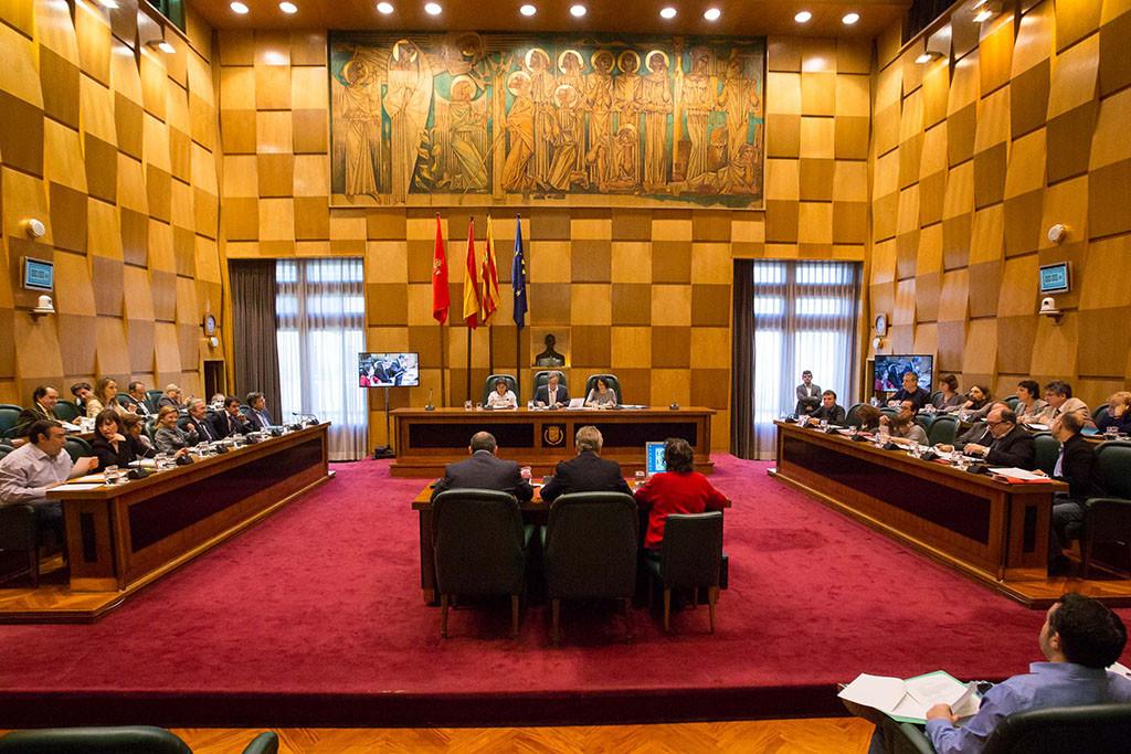 """El Ayuntamiento de Zaragoza insta al Gobierno español a promover la derogación de la """"Ley Mordaza"""""""