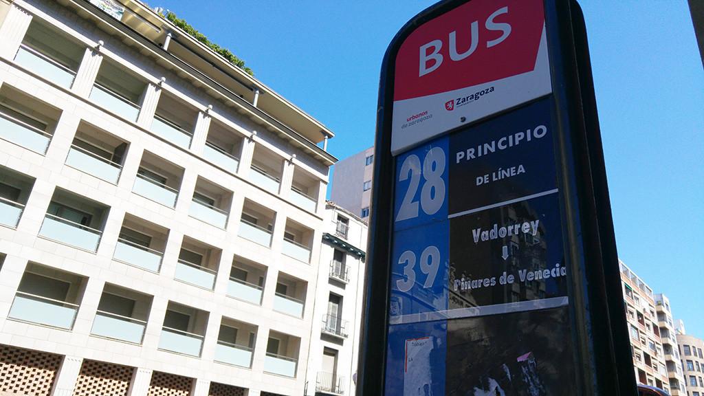 Comienza la instalación de nuevos aseos en las paradas del autobús urbano de Zaragoza