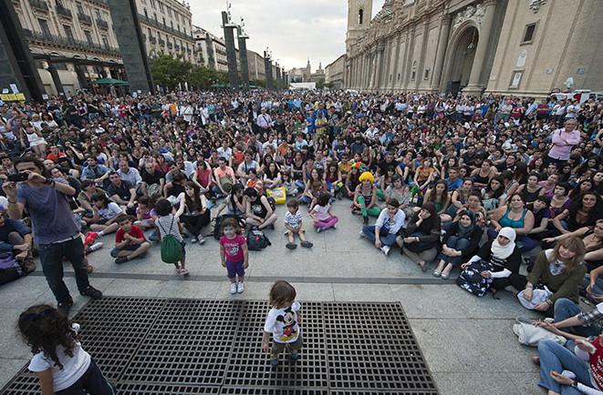 Analizan en Uesca los movimientos políticos nacidos en estos últimos años