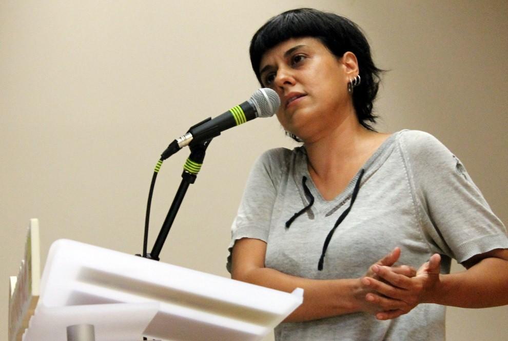 Un juzgado de Gasteiz envía a la Policía Municipal para que interrumpa una conferencia de Anna Gabriel