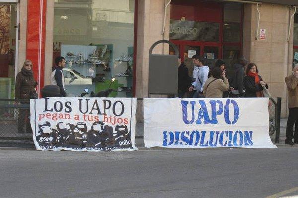 Denuncian la agresión a un menor por parte de un policía de la UAPO