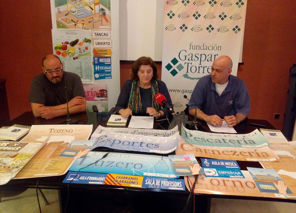 """""""Empentando"""", campaña de socialización del aragonés en comercios"""