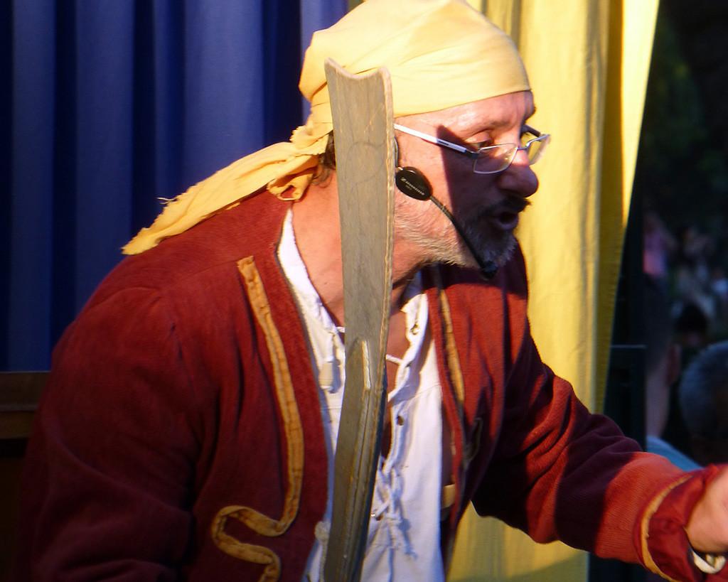 """Xarop Teatre presenta en Arbolé """"El pirata Barba"""""""