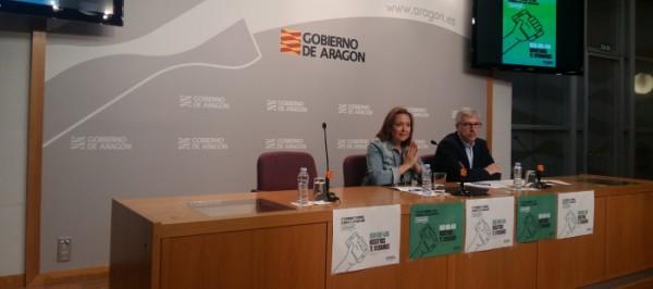 La consejera Mayte Pérez durante la presentación del plan integral contra el acoso escolar. Foto: DGA
