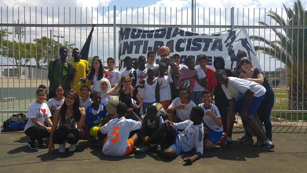 Solidaridad y deportividad ganan en los 100 partidos celebrados en el Mundialito Antirracista