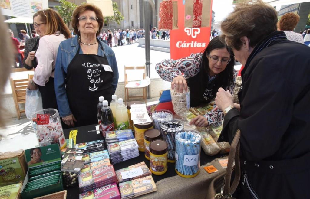 La Lonja del Comercio Justo vuelve a la plaza del Pilar