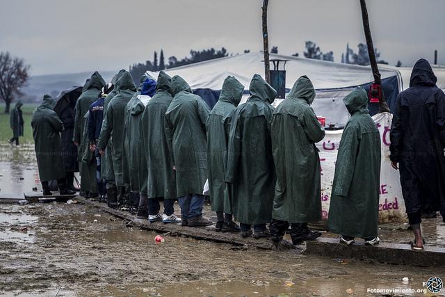 El campamento se encuentra enlodado debido a las lluvias de estos meses. Foto: Fotomovimiento (imagen tomada en marzo)
