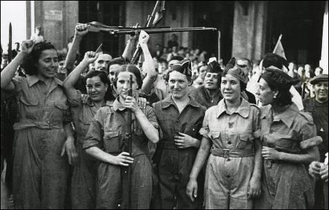 """'España 1936. Apuntes de la revolución social', un """"retrato apasionado de una de las revoluciones más bellas, creativas y contradictorias"""""""