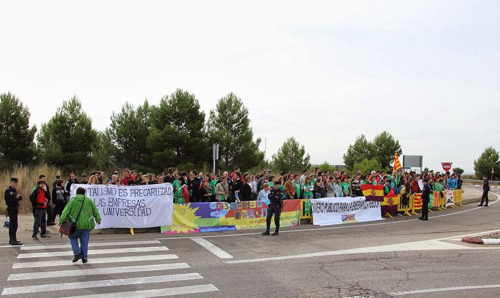 """""""Velada por la libertad"""" en solidaridad con la manifestante condenada en Uesca"""