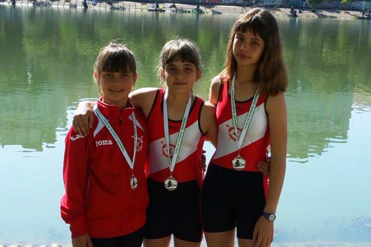 Plata y bronce para las doble scull alevín del Capri Club de Mequinensa en Copa Primavera de Remo