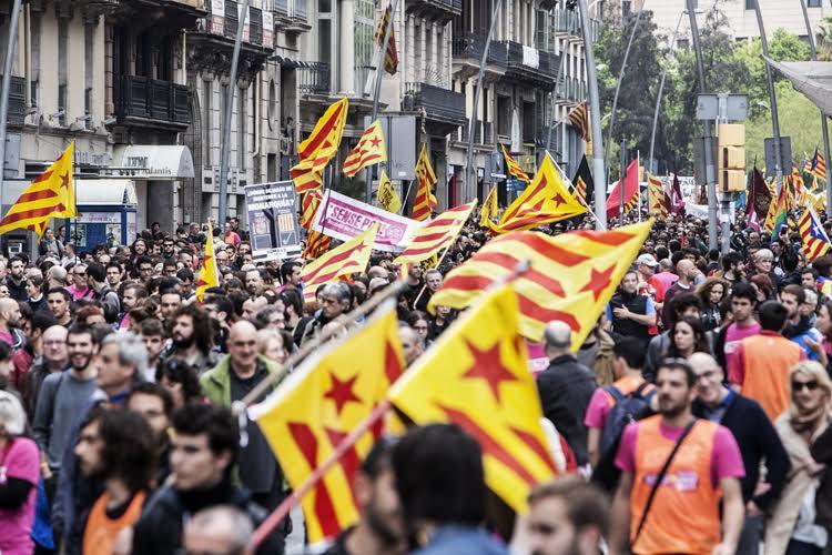 La CUP-CC creu que s'hauria de suspendre l'activitat parlamentària durant la campanya del Referèndum