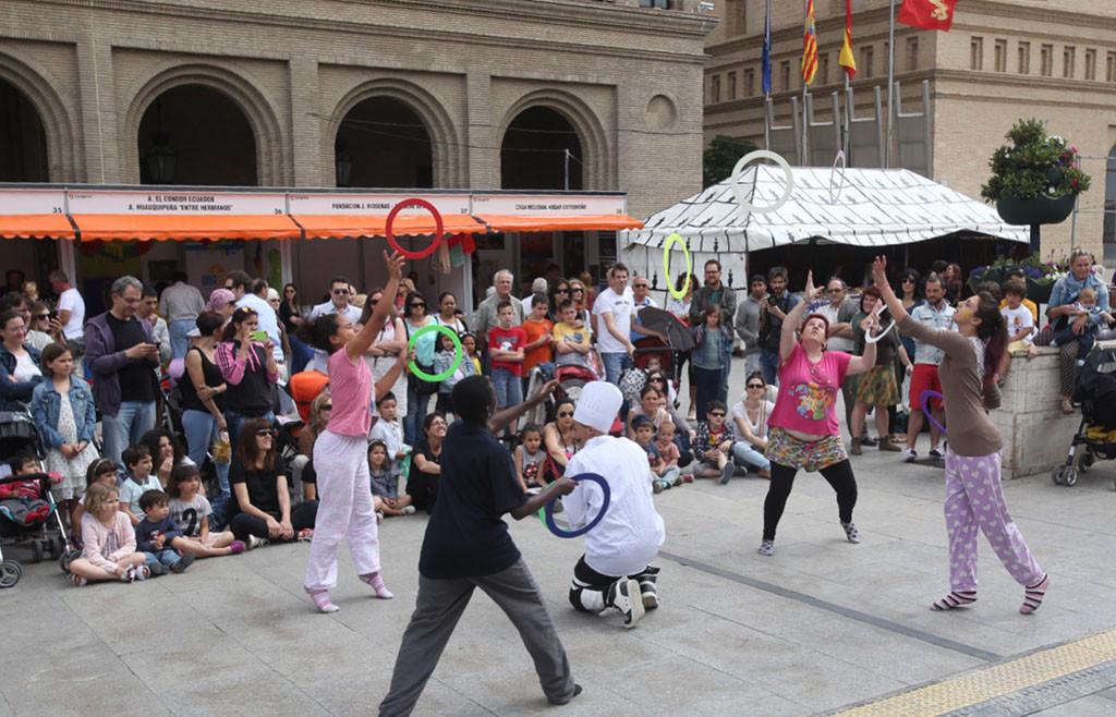 """La gran fiesta de las culturas """"Zaragoza Diversa"""" vuelve a la plaza del Pilar"""