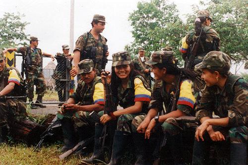 Firman el acuerdo de paz entre el Gobierno de Colombia y las FARC-EP