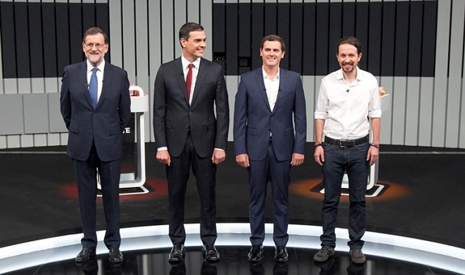 Rajoy, Sánchez, Rivera e Iglesias durante el debate del 13J.