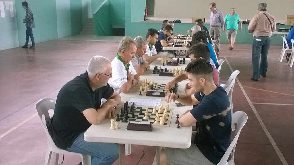 "El Club Ajedrez Baix Segre de Mequinensa consigue la cuarta plaza en el Campeonato de Ajedrez ""Llampec"" de Lleida"