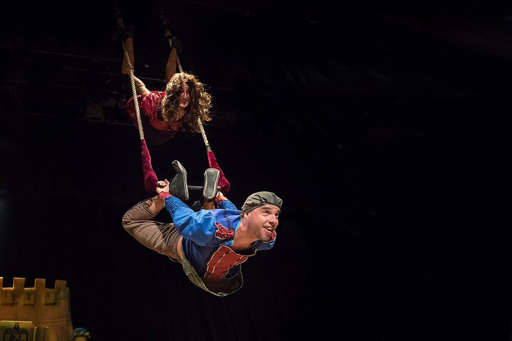 """PeliAgudo Teatro presenta """"El verdadero final de la bella durmiente"""" con la magia del circo y del teatro"""