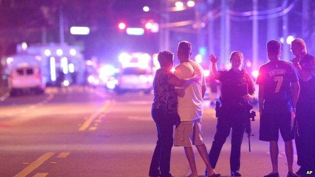 50 personas asesinadas en un club LGTB de Orlando