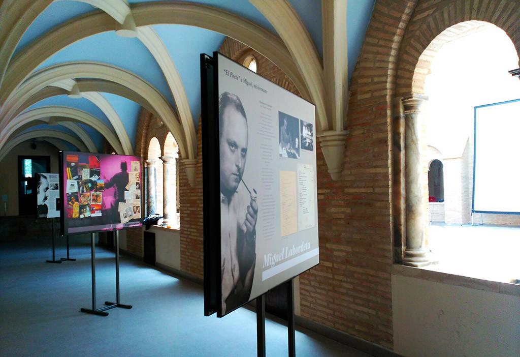 El museo itinerante de la Fundación José Antonio Labordeta viaja por la geografía aragonesa